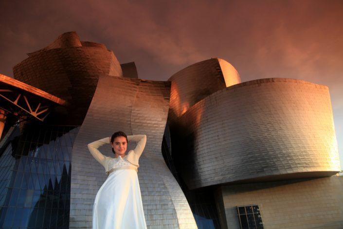 Fotografía de comunión en exteriores (Museo Guggenheim)